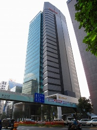 青山OM-AQUARE