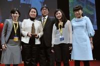 西郷真理子氏(左から2人目。写真:MIPIM)