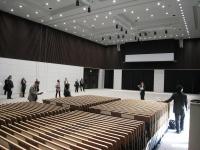 5階のコンベンションホールは約2300m2。東京駅に近い立地を生かし、学術会議や展示会などの誘致をねらう